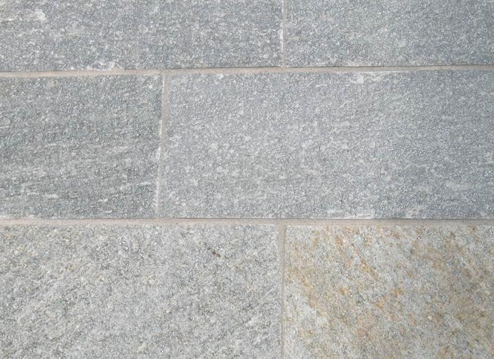 Pavimenti in pietra di luserna cava bettoni for Disegni frontali in pietra
