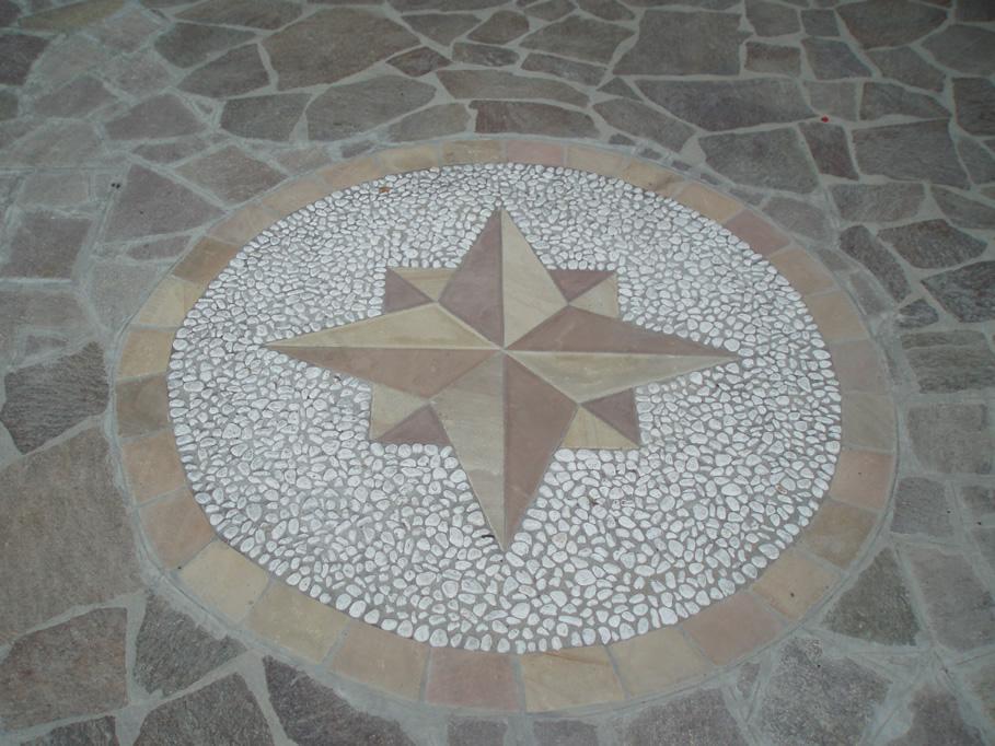 rosoni e disegni per decorazione pavimenti in pietra