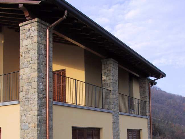 Immagini di case rivestite in pietra casa moderna con rivestimento in pietra immagini di case - Decorazione archi in casa ...